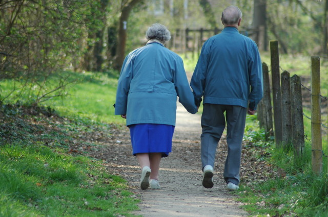 Zdjęcie do artykułu Jesien Wieku. Trudniejsze chorowanie po 60tce.